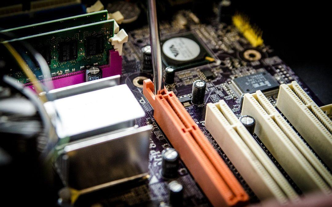Maintenance informatique : 10 conseils pour vous aider à devenir technicien informatique