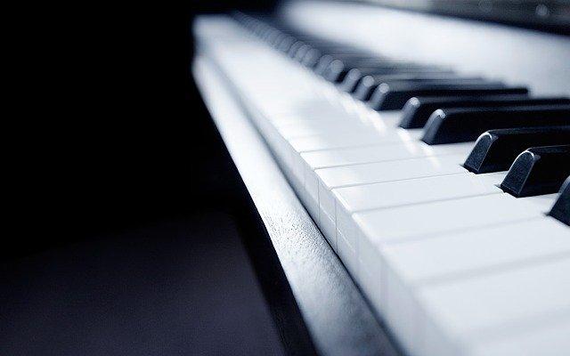Apprendre le piano : 10 conseils pour apprendre le piano lorsque l'on est adulte